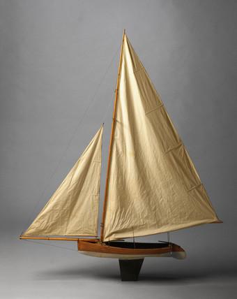 Bermuda Racing Dinghy, late 19th century.