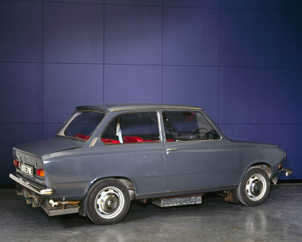 Daf 44 modified fuel-cell car, 1967 (Science Museum / Science & Society)