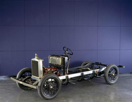Morris 'Cowley' motor car chasis, 1929.