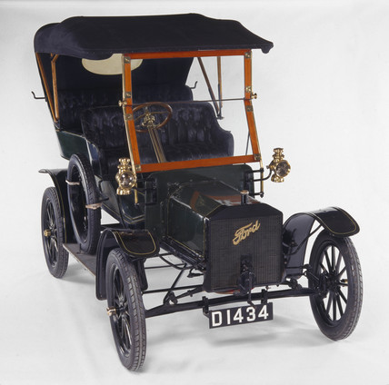 Ford model N motor car, 1906.