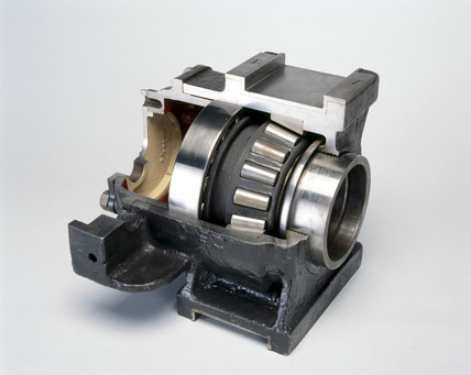 Railway axlebox with Timken tapered roller
