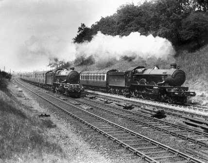 King' Class 4-6-0 hauling a Taunton - Paddington express on the up main