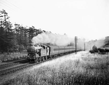 Clas N2 0-6-2T steam locomotive, c 1938.