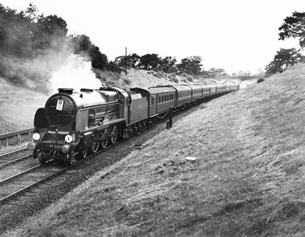 Southern Railway 'Lord Nelson' pasing Hildenborough, 1939.