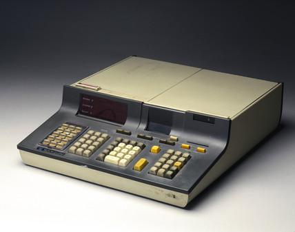 Hewlett Packard HP 9810A programmable desktop calculator, 1971.