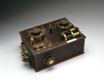 Marconi-Fleming valve radio receiver, c 1908.