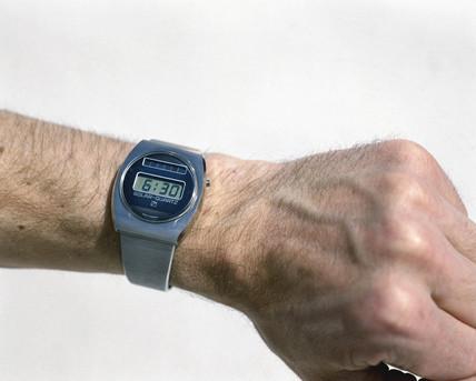 Cristalonic solar quartz time computer digital watch, 1976.