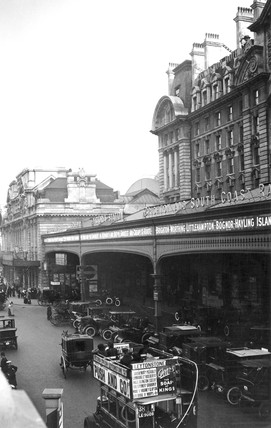 Victoria Station, London, c 1920s.