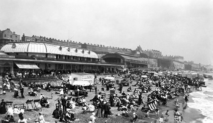 Crowded beach in summer, c 1910s.