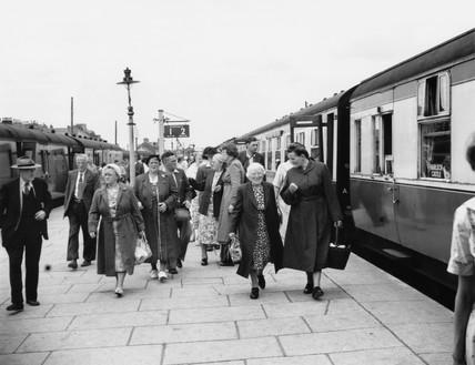Pasengers at Barmouth Station, 1955.