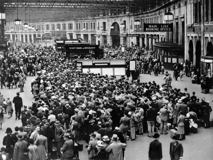 Crowds at Waterloo Station, London, 1939.