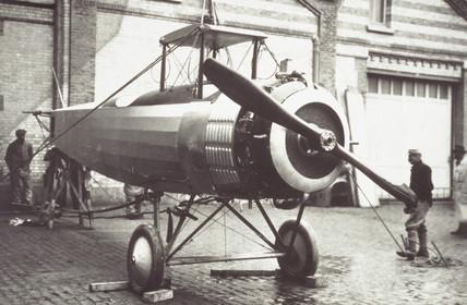 Salmson biplane under construction, c 1917.