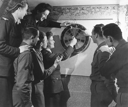 WAAFs and US pilots playing darts, 15 Decem