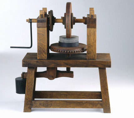 Machine for grinding concave mirrors, c 1500.