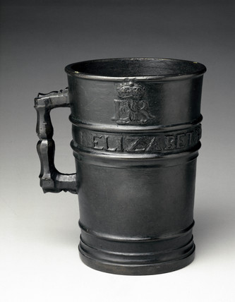 Bronze Exchequer Standard Winchester Gallon measure, 1601.
