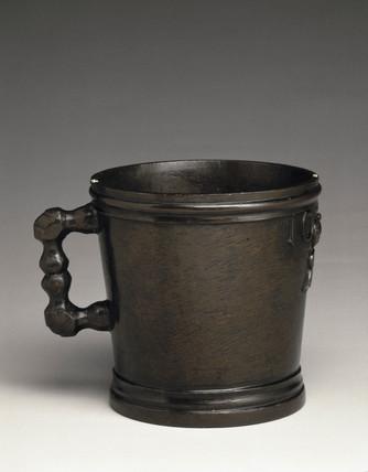 Bronze Exchequer Standard Winchester Quart measure, 1601.