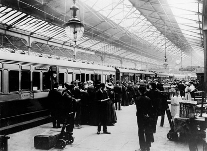 Waterloo Station, Platform 1, c 1900.