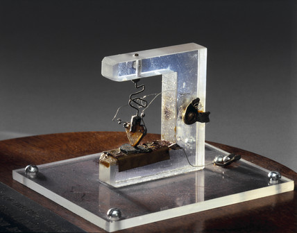 First working transistor, 1947.