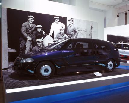 Mercedes-Benz F100 concept car, 1999.