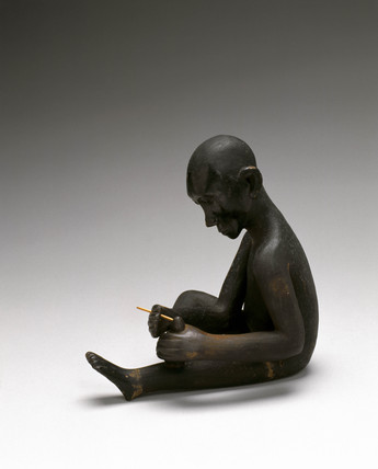 Wooden statue, Tanzanian, 18th or 19th century.