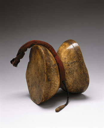 Damatu hand-drum, Tibet, 18th or 19th century.