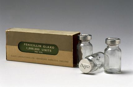 Penicillin specimen with original packaging, c 1950.