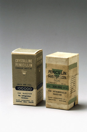 Penicillin specimen with original packaging c 1950.