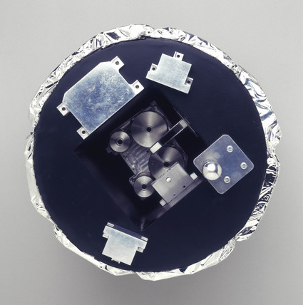 Huygens probe Surface Science Package, 1997.