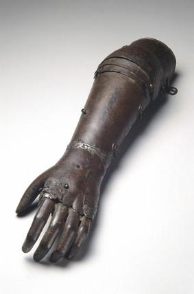 Iron artificial arm, 1560-1600.