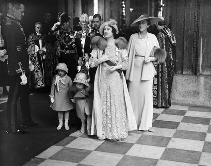 Queen Elizabeth and princeses leaving St Paul's Cathedral, 6 May 1935.