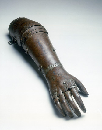 Iron artificial arm, 1560-1600.