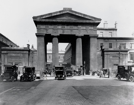 The Doric portico, Euston Station, London, 1919.