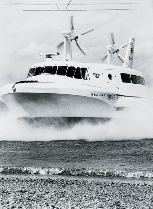 Hovercraft demonstration, Cowes, Isle of Wight, 19 June 1962.