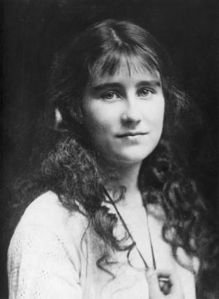 Lady Elizabeth Bowes-Lyon, 1914.