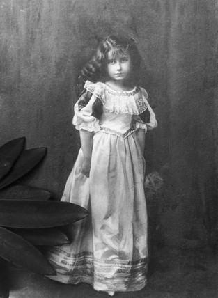 Queen Elizabeth, c 1900s.