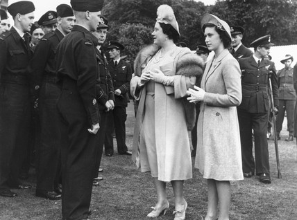 Garden party at Buckingham Palace, 25 May 1945.