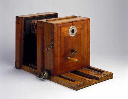 Marey's Chronographic camera, 1890.