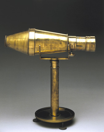 Voigtlander daguerreotype camera, 1840.