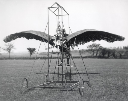 Frost's experimental ornithopter, 1904.
