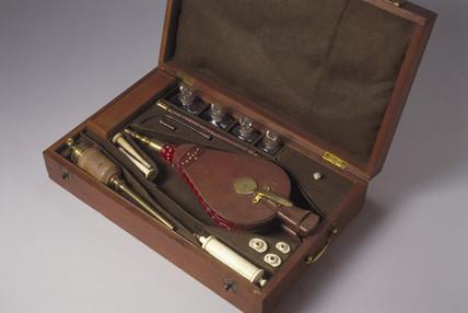 Resuscitator kit, English, 1774.