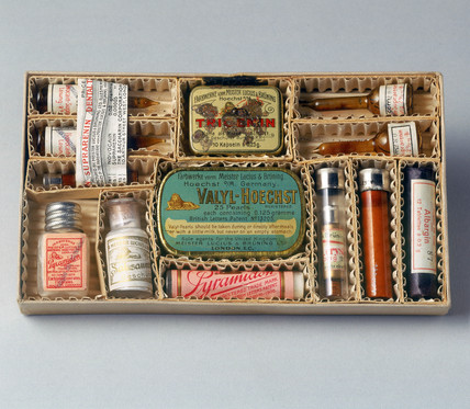 Set of opthalmological drugs in a cardboard carton, c 1880-1930.