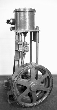 Booth's 'Puffing Billy' vacuum cleaner, 1901.