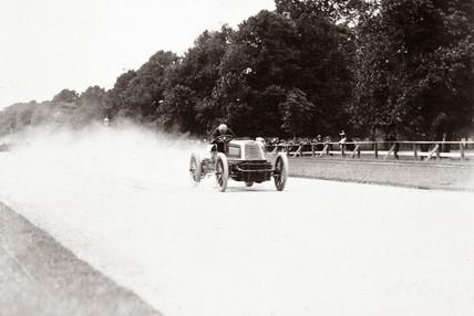 C S Rolls racing at Phoenix Park, Dublin, Ireland, 1903.