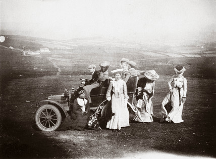 Edwardian ladies with the first 10 hp Rolls-Royce, 1904.