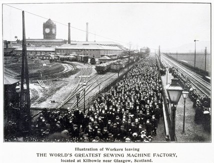 Workers leaving the Singer Sewing Machine Factory at Kilbowie, c 1900.
