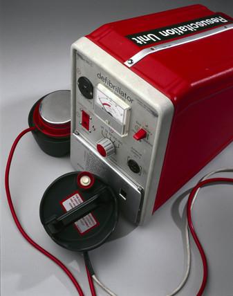 Defibrillator, 1970-1980.