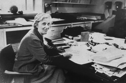Profesor Dorothy Mary Hodgkin, c 1960s.