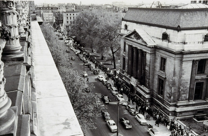 Crowds queueing to see John Glenn's space capsule, London, May 1962.