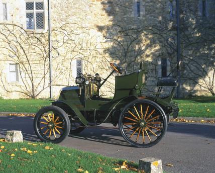 Daimler four-cylinder car, 1898.