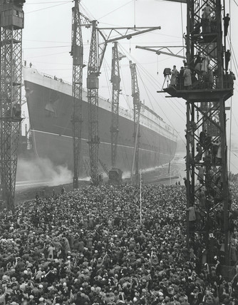 Launching the 'Queen Elizabeth', Clydebank, Glasgow, 1938.